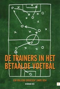 De trainers in het betaalde voetbal